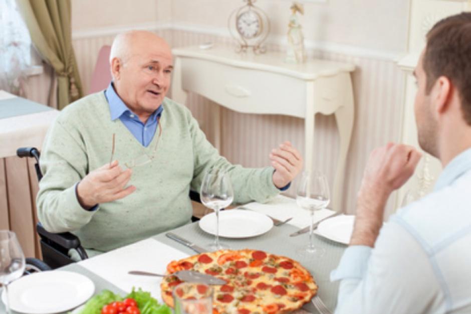 Płock: Samotni będą mogli zjeść obiad w towarzystwie wolontariuszy