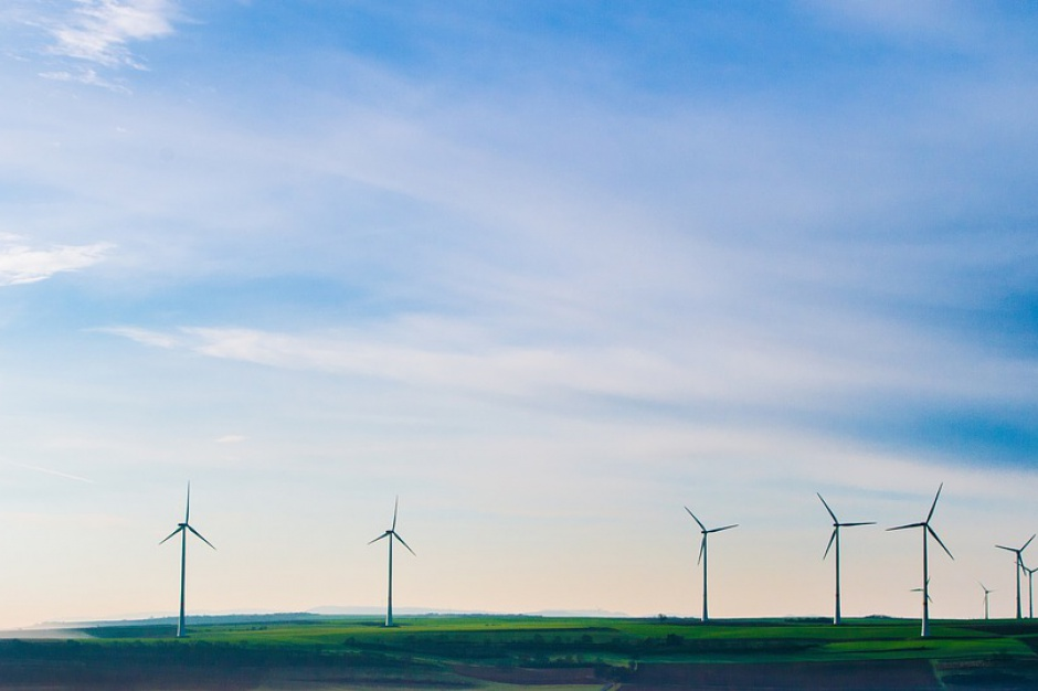 Zasady lokalizacji elektrowni wiatrowych według PiS