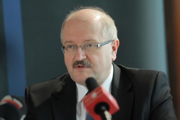 """Piotr Uszok o reformach PiS i sytuacji samorządów: JST nie uciekną od """"znaczonych"""" pieniędzy"""
