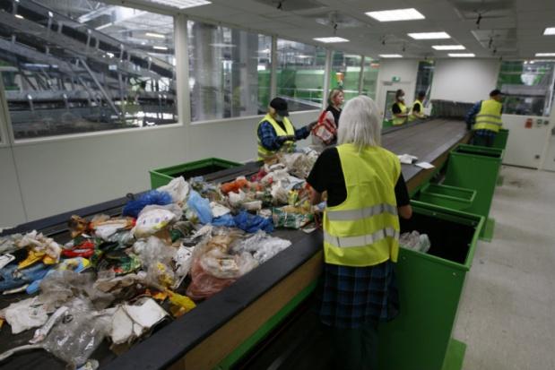 W Szadółkach kradną surowce wtórne? Donos do prezydenta, ministra i posła