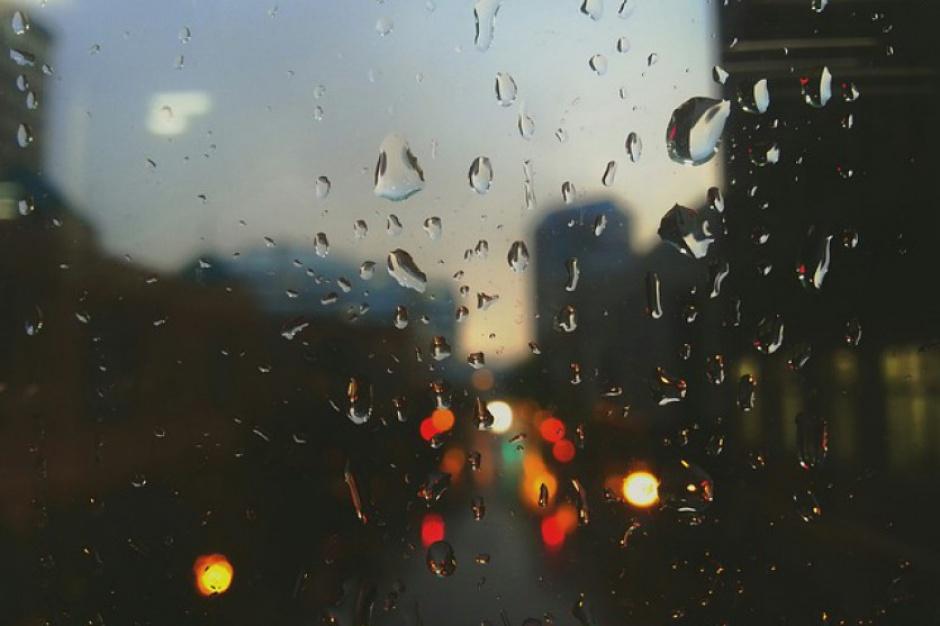 Podatek od deszczu – za co naprawdę płacą mieszkańcy?