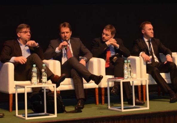Cyfryzacja administracji musi przyspieszyć. Polska w ogonie Europy