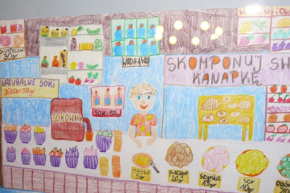 Posłowie odpowiedzieli uczniom z Torunia w sprawie szkolnych sklepików