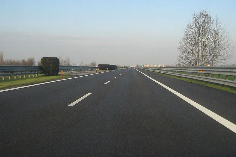 PiS chce przyspieszenia budowy Via Baltica i obwodnicy Łomży