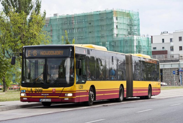 W Warszawie wyrzucą prywatne busy z centrum? ZMT się waha