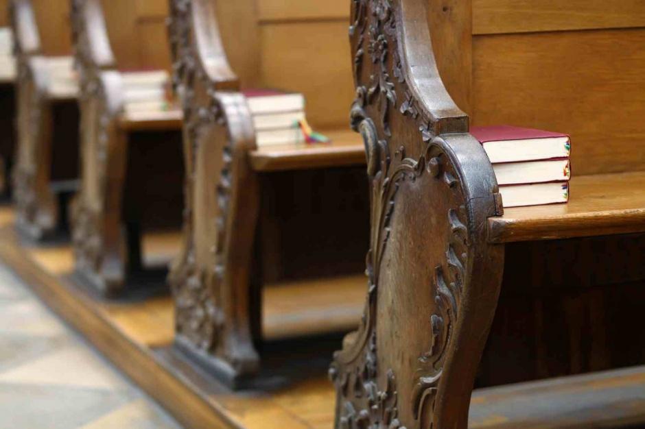 Pełne i puste kościoły. Gdzie mieszkańcy są najbardziej religijni?