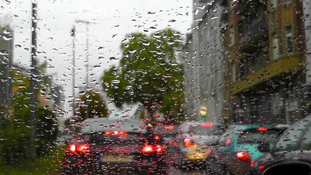 Problemy na drogach: Coraz więcej kierowców prowadzi po narkotykach