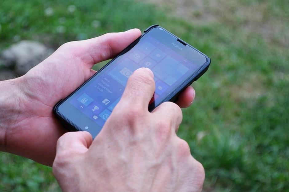 Zduńska Wola, aplikacja: Rozkład jazdy, informacje o urzędach i instytucjach w telefonie
