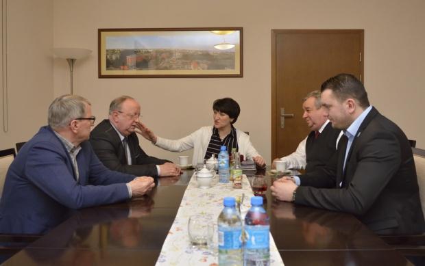 Lubuskie: Radni stworzyli nowy klub w sejmiku - bezpartyjni samorządowcy
