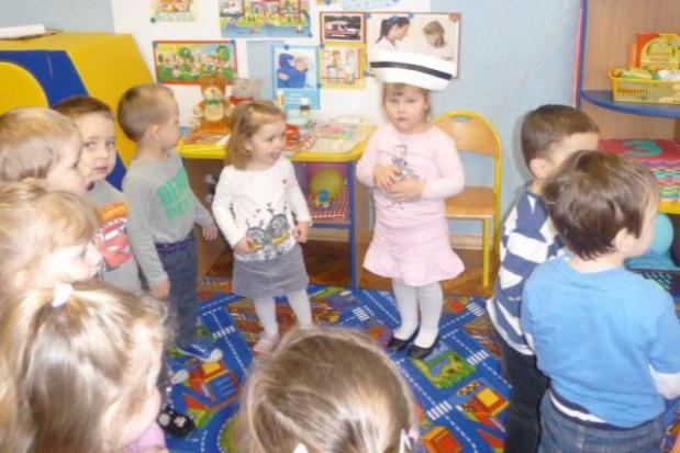 Sześciolatki w przedszkolu. Jaka subwencja dla samorządów? Decyzja w połowie roku