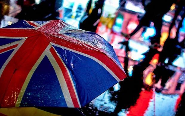 Spadła liczba Polaków ubiegających o brytyjskie obywatelstwo