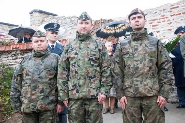 MON, Macierewicz, obrona terytorialna: pierwsze oddziały na Podlasiu, Lubelszczyźnie i Podkarpaciu