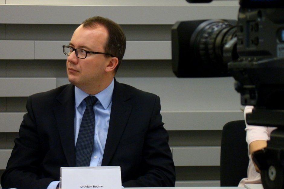 Adam Bodnar na spotkaniu w Ostrowie Wielkopolskim: wiedzą o różnych dobrych praktykach dzielę się z samorządami