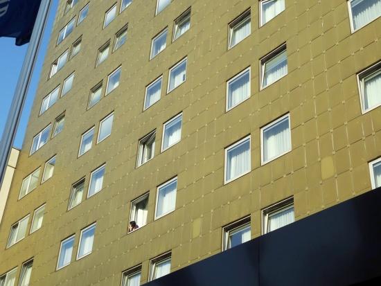 Rządowy projekt budownictwa mieszkaniowego doprowadzi do tworzenia gett w miastach?