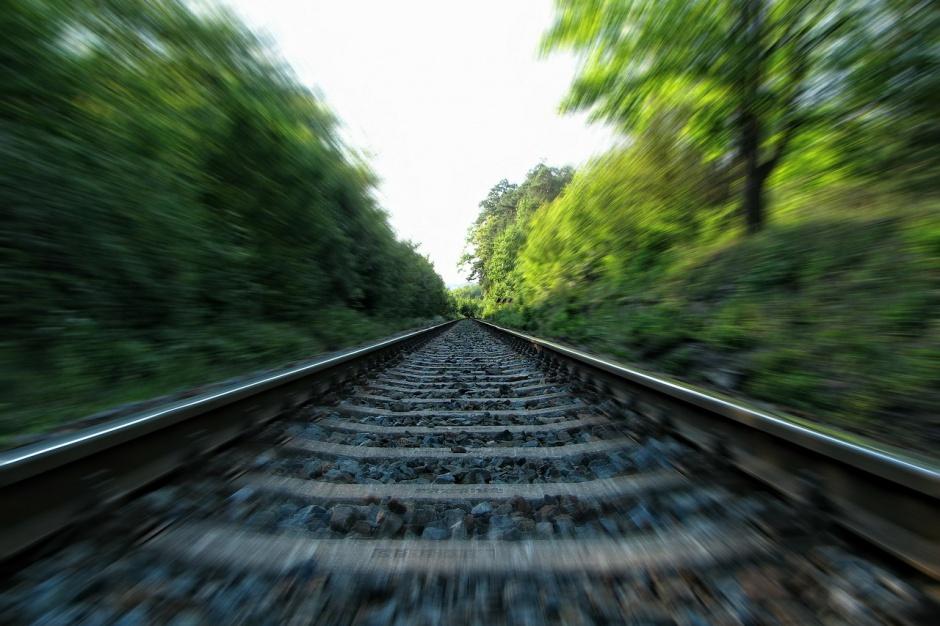 Poznań: Do końca roku linia kolejowa ma zostać zmodernizowana