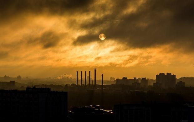 Karaczun: Plany niskoemisyjne szansą na lepszą jakość powietrza w gminach