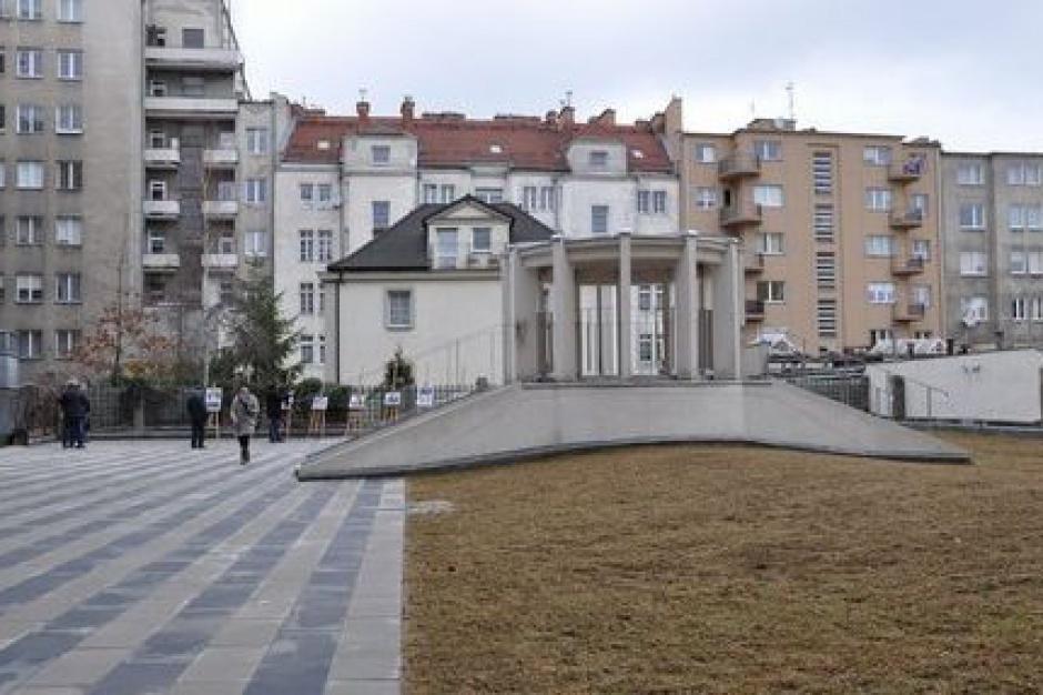 Podwórze gdyńskiego Bankowca jak w przedwojennym projekcie
