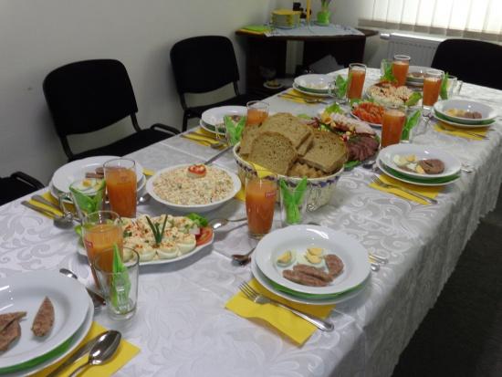Poznań: Wielkanocne śniadania dla ponad 600 samotnych i ubogich osób