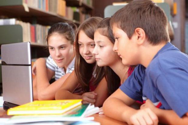Świetlice szkolne będą prowadzić zajęcia z bezpiecznego korzystania z internetu