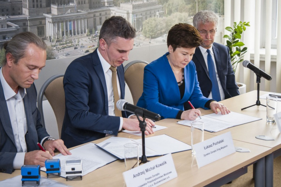 Warszawa: Kładka pod mostem Łazienkowskim będzie gotowa w wakacje 2017 r.