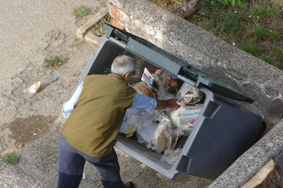 MŚP w gospodarce odpadami przeciw in-house