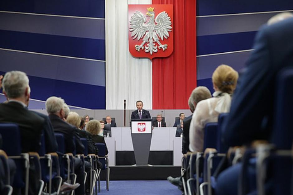 Rocznica chrztu Polski, Zgromadzenie Narodowe: W Poznaniu odsłonięto tablicę pamiątkową