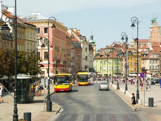 Inteligentne systemy transportowe wpolskich miastach