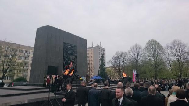 Rocznica powstania w getcie warszawskim, Gronkiewicz-Waltz: Testament żydowskich bojowników nadal aktualny