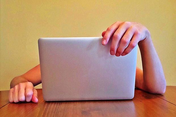 Strony internetowe w urzędach: Większość wciąż niedostępna dla niepełnosprawnych