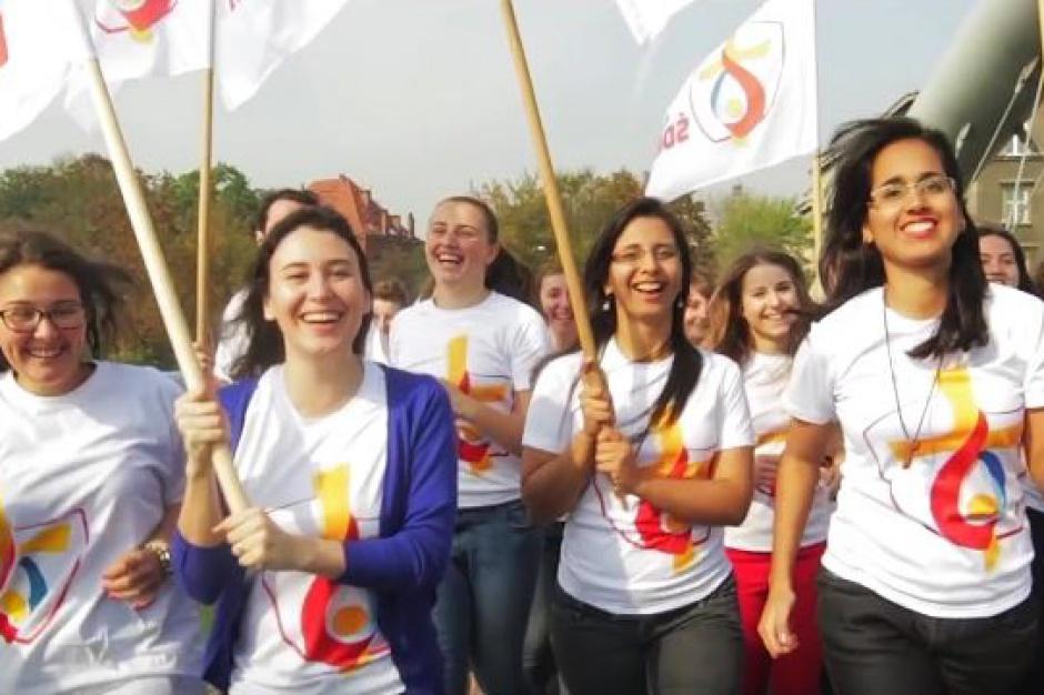 Kraków, Światowe Dni Młodzieży: Fontanna będzie grać hymn ŚDM. Zobaczcie teledysk (wideo)