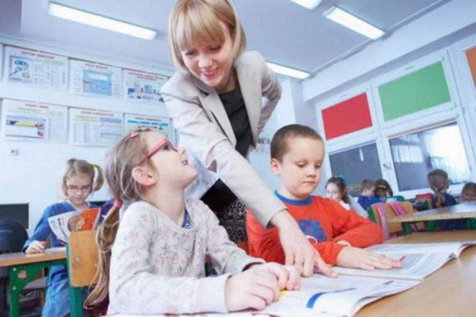 Zalewska: rolą szkoły jest wpierać rodziców w wychowywaniu dzieci