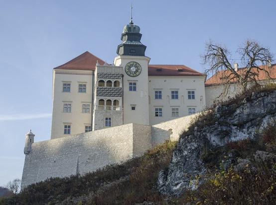 Zamek w Pieskowej Skale po remoncie czeka na turystów