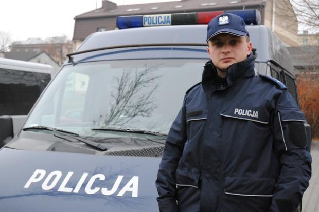 Dzielnicowi mają za mało aut, a te którymi dysponują często są niesprawne (fot.kppminsk.policja.waw.pl)