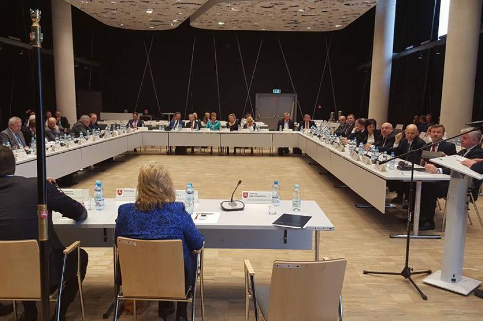 Wojewoda lubelski: Stanowisko sejmiku ws. wyroków TK to zapowiedź łamania prawa