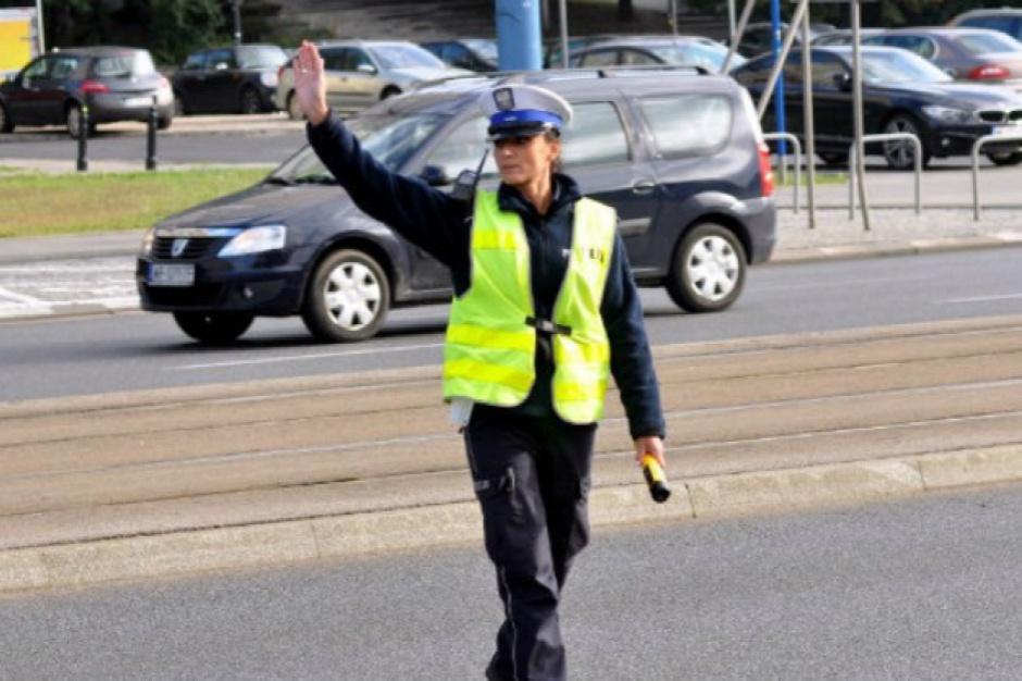 Długi weekend: policja zapowiada kontrole