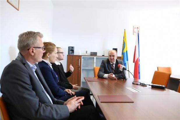 Pierwsze umowy z opolskiego RPO podpisane