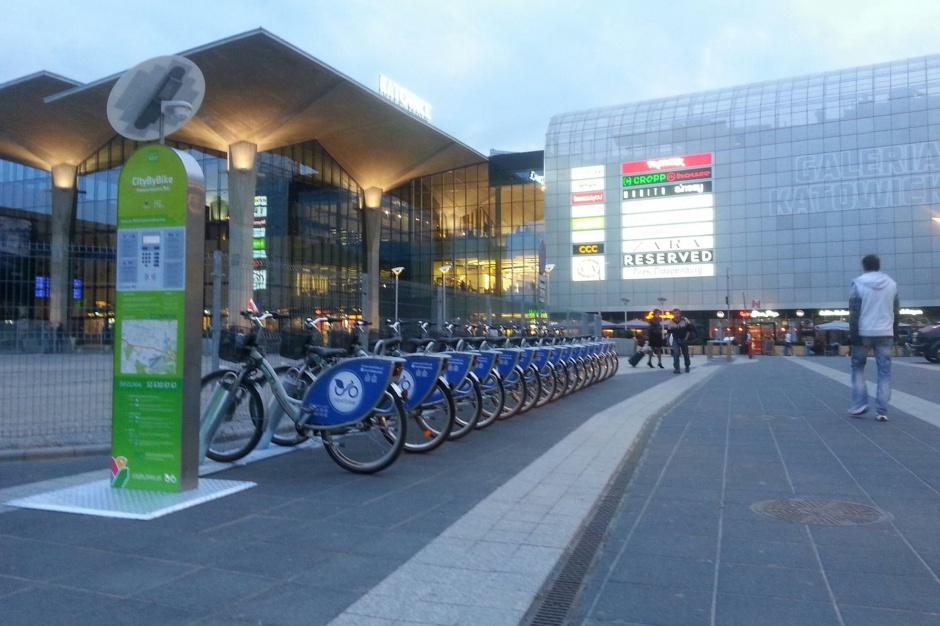 """Rower miejski: Katowice dołączyły do """"rowerowych"""" miast"""