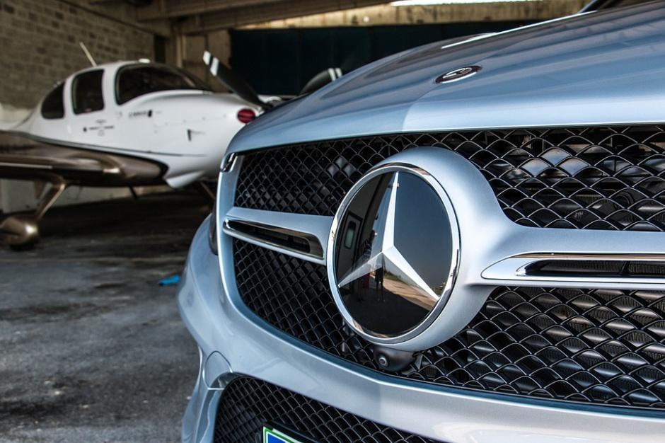 Dolnośląskie: Fabryka Mercedesa rozpoczyna produkcję baterii do samochodów hybrydowych i elektrycznych