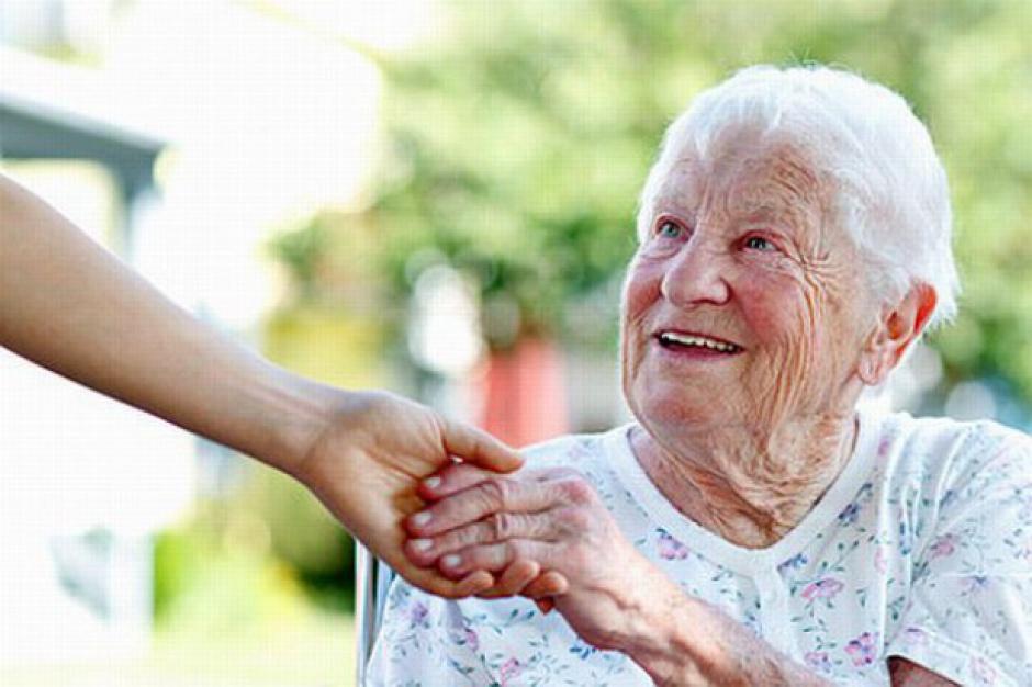 Eksperci RPO: Opieka nad seniorami to nie kolejne DPS-y