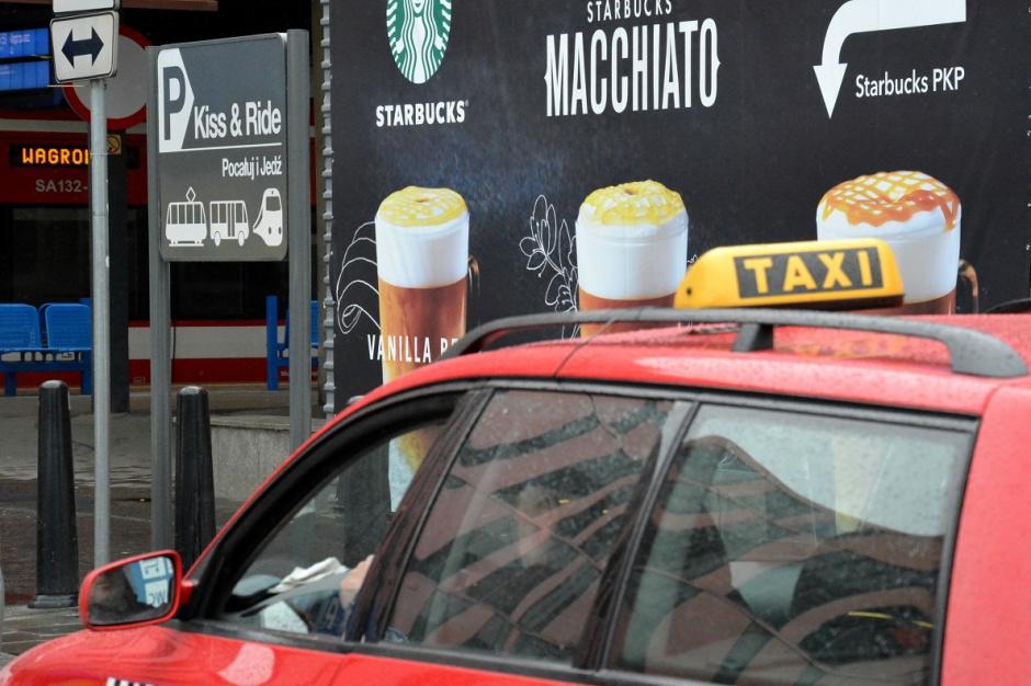 Warszawa: kiss&ride, czyli specjalne postoje dla kierowców