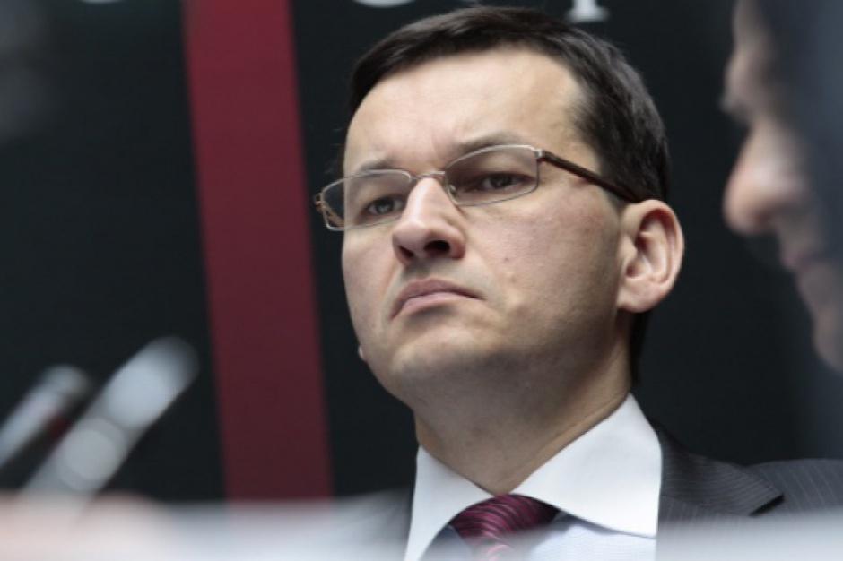 Morawiecki krytycznie o wydawaniu środków unijnych