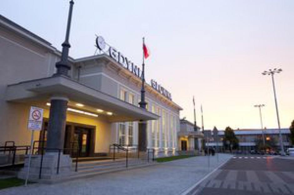 Resort infrastruktury: Trwają prace nad strategią dla dworców