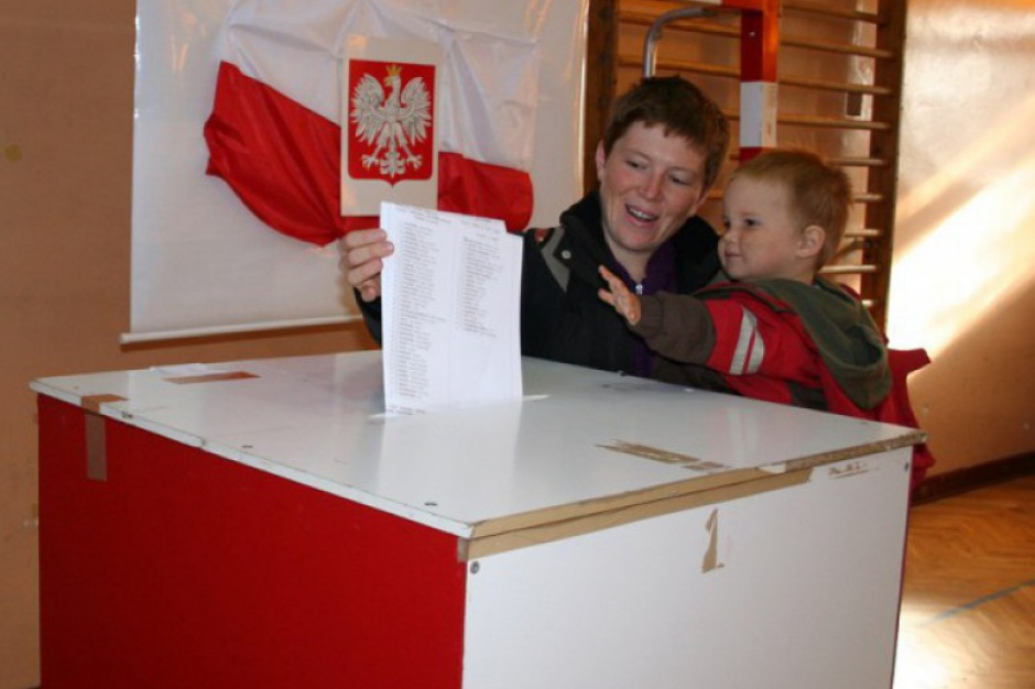 Przepisy o sądowym trybie wyborczym zgodne z Konstytucją