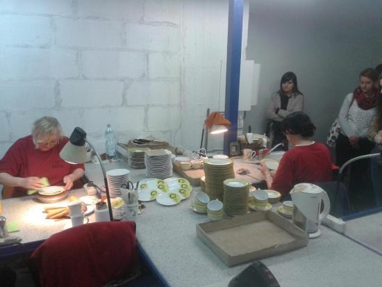 Noc Muzeów Katowice: Wizyta w niedostępnej na co dzień fabryce porcelany