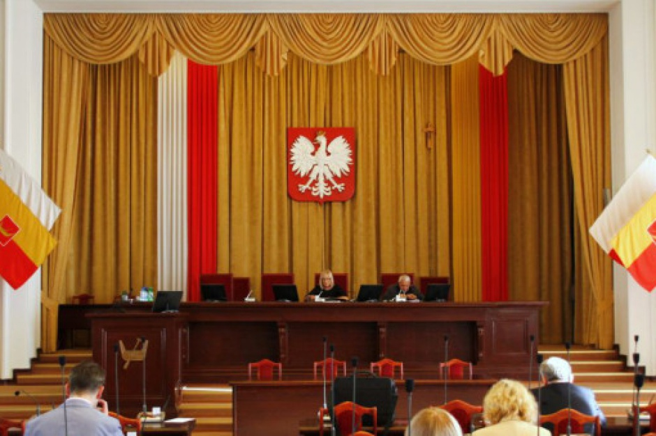 Łódź: Wojewoda unieważnił uchwałę Rady Miejskiej w sprawie Trybunału Konstytucyjnego