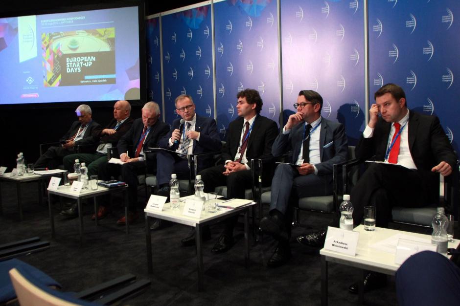 EEC 2016: Bez miejsc pracy nie uda się powstrzymać wyludniania miast