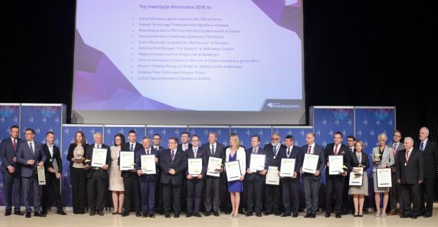 Laureaci Konkursu Top Inwetycje Komunalne 2016 w komplecie (fot.ptwp.pl)