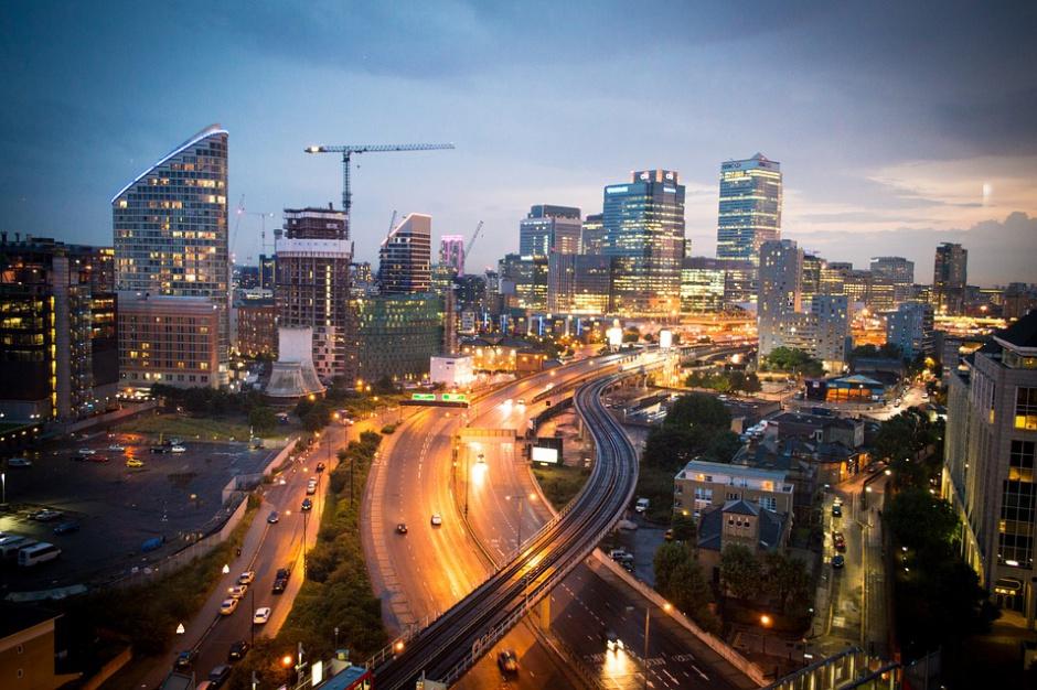 Inteligentne miasto to już za mało? Inteligentne mają być też osiedla i domy