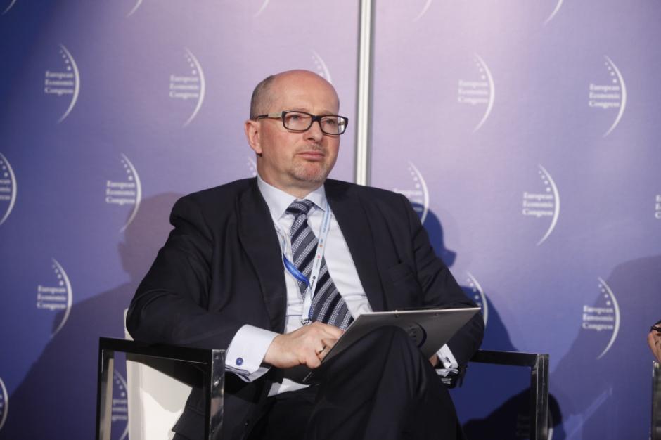 Wojciech Cetnarski: pozostaje nam około 1,5 proc. terytorium pracy, są to głównie lasy i jeziora, jeżeli chodzi o lokalizowanie farm wiatrowych. Fot. PTWP