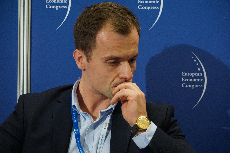 Rozwiązanie dla niskiej emisji jest podane na tacy, najważniejszą kwestią jest wsparcie i dofinansowanie zewnętrzne - mówi Antoni Kędzierski, dyrektor w Departamencie Rynku TAURON Ciepło (fot. PTWP)